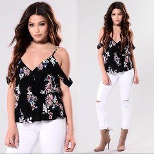 🌺Cold Shoulder Floral Top 🌺